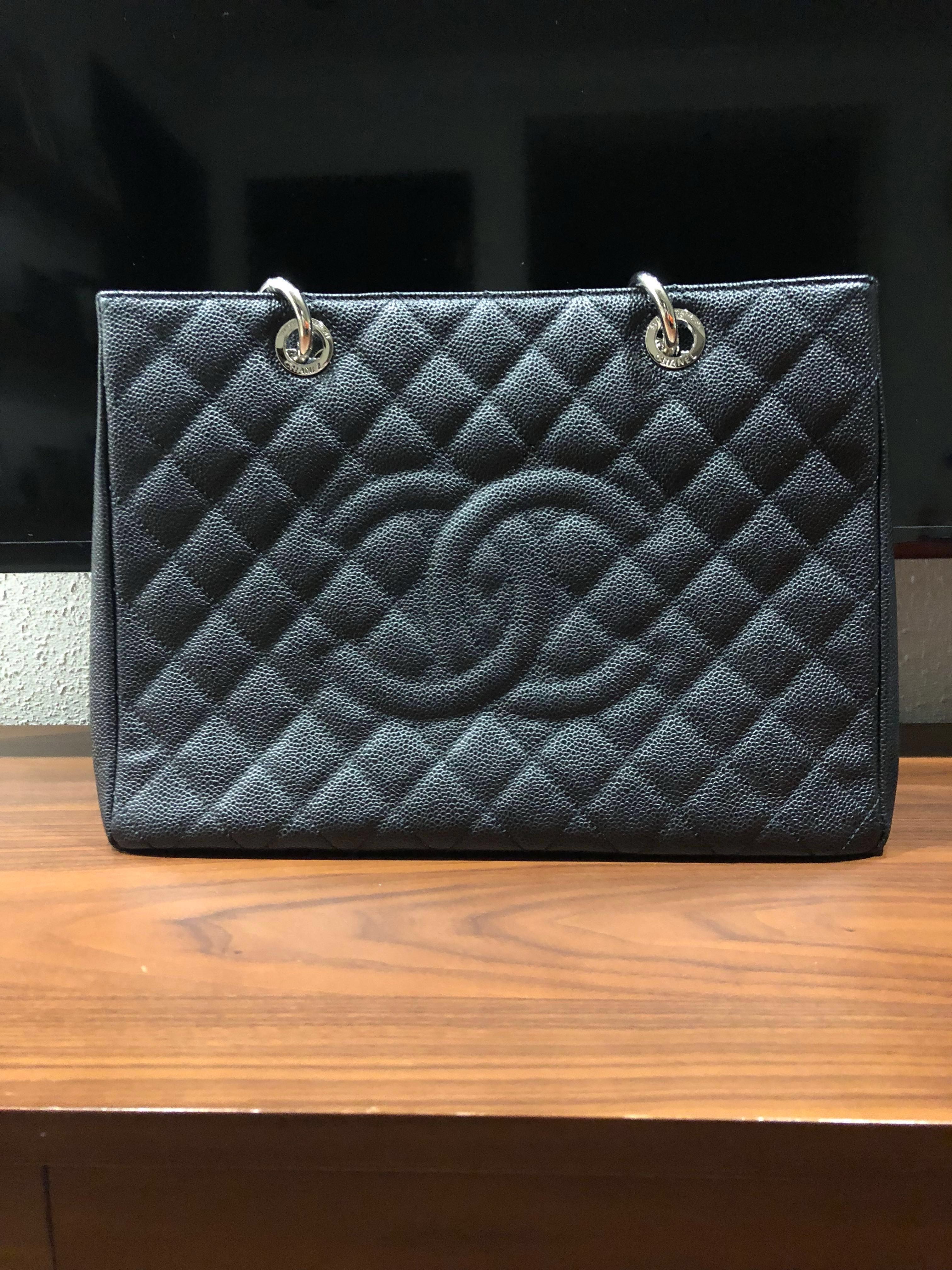 a7a45c944319 💯 authentic Chanel classic tote bag in black caviar leather, Luxury ...