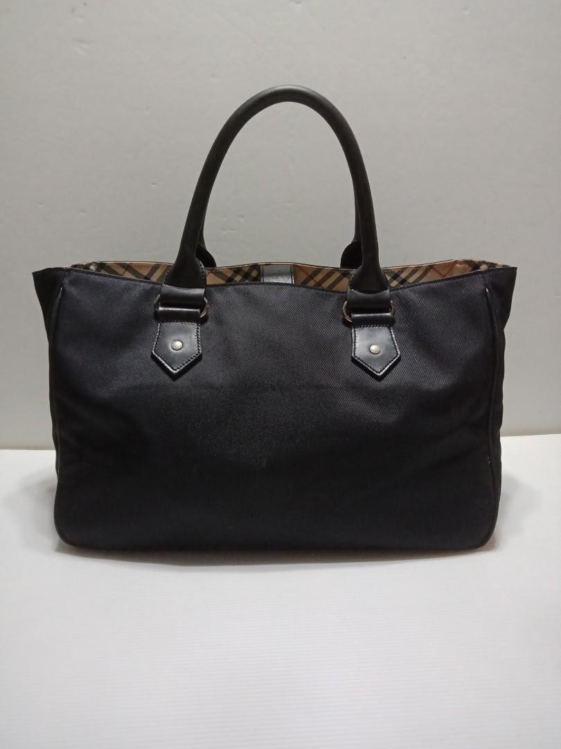 Authentic Burberry Bag 2a795904ec34e