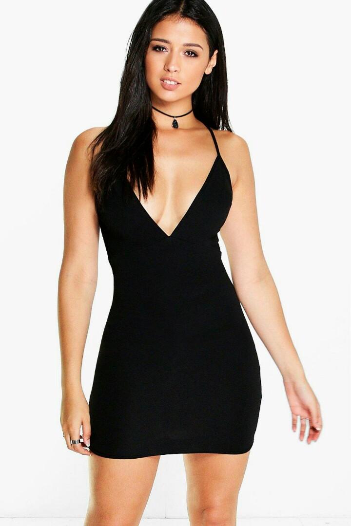 a48a1a58ecde BOOHOO Backless Plunge Dress, Women's Fashion, Clothes, Dresses ...