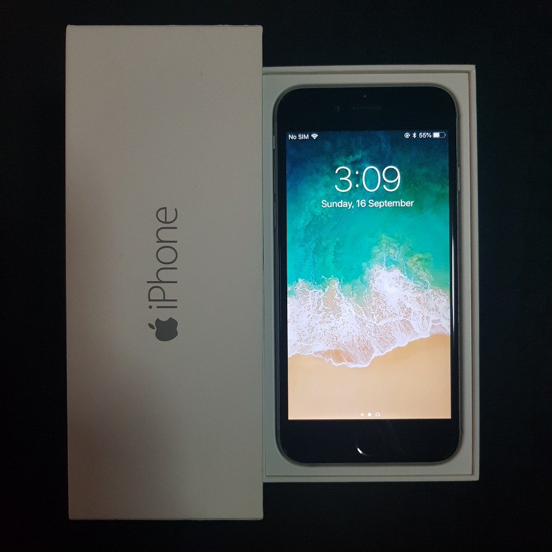 18639559d9673d Brand New Condition iPhone 6 64GB Space Grey Full Set in Box