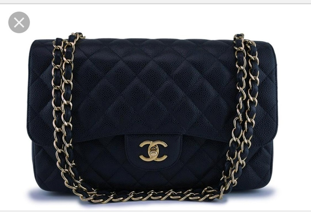 53c37511490e It's a Chanel 2.55 Double flap in Jumbo,Gold Hardware.only have been ...