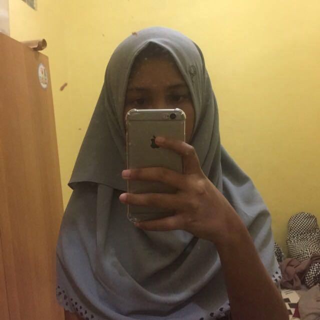 Kerudung hijab instan abika warna coklat muda