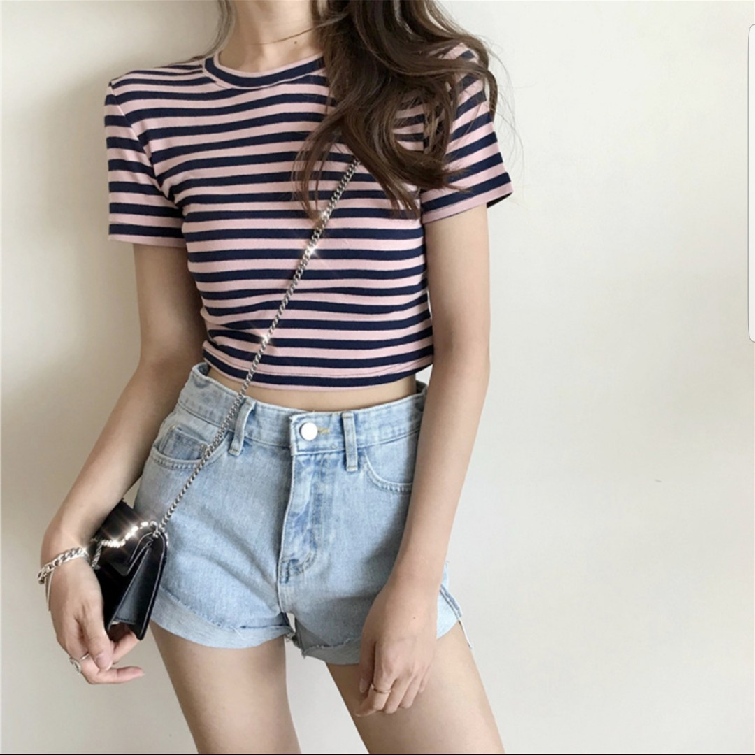 f9204254fface Korean Style Striped Crop Top