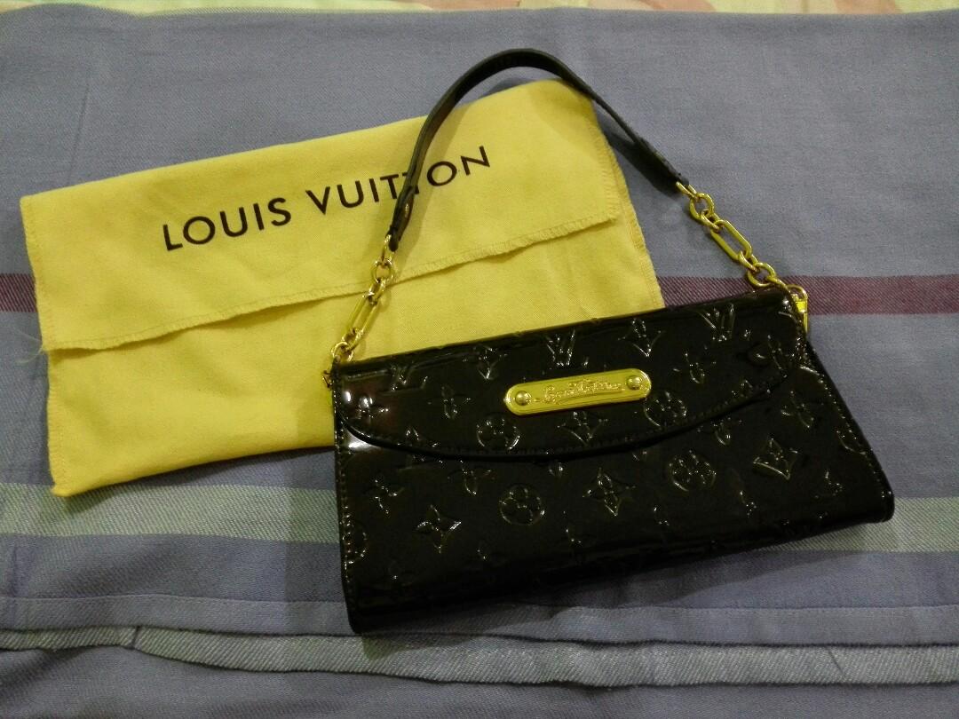 727ec5c4f16a Louis Vuitton Sunset Boulevard Amarante Monogram Vernis Clutch ...