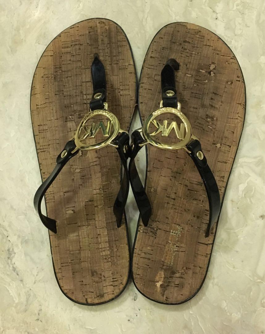 8281122a4d88 Michael Kors Sandals US9