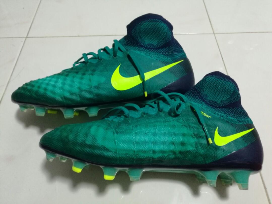 the best attitude c90d8 9111c Nike Magista Obra II (2) FG Football Soccer Boots, Sports, S