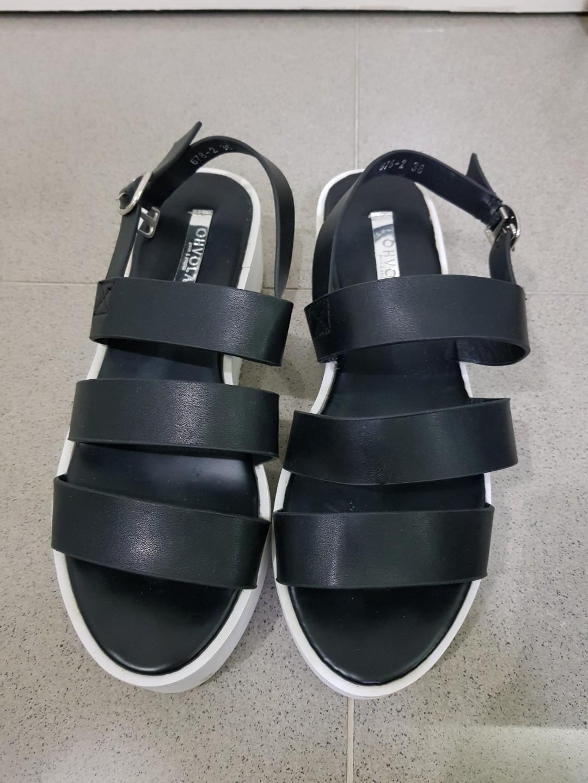 ff77e0a8b4c9 Ohvola Black Platform Sandals