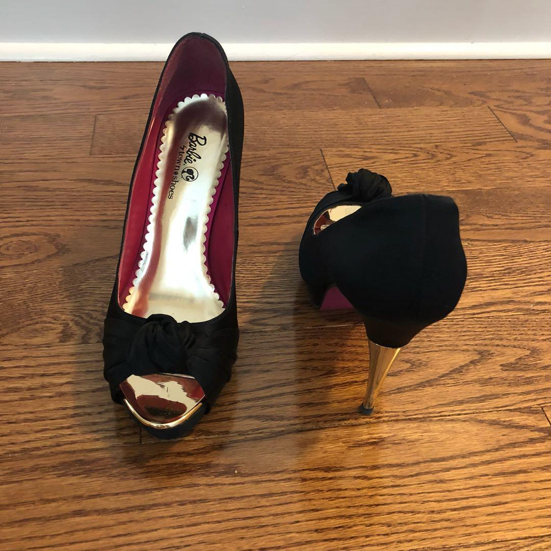 Satin heels - size 39