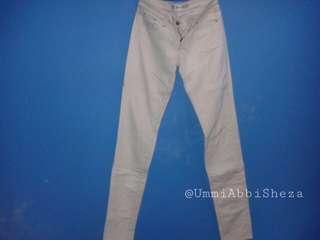 Celana Jeans Uniqlo Skinny Fit #MauiPhoneX