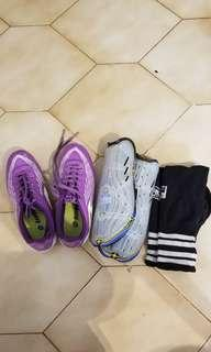 Lotto soccer shoes for girls, size 3
