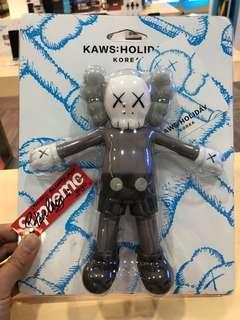 ✘✘ KAWS Holiday Korea Lotte  ( HK AAA )
