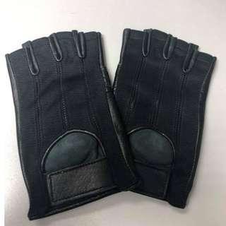 黑色單車手套