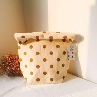 🚚 BNWT Cotton On Pick Me Up Gold Spot Lunch Bag Clutch Pouch