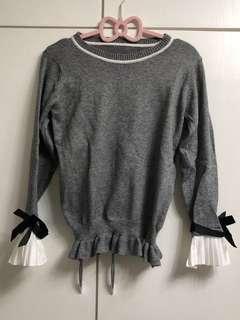 🌫灰色假兩件冷衫☃️Grey sweater with pleated hand sleeves