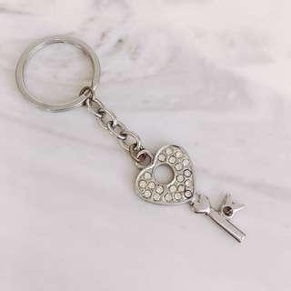 🚚 愛心鑰匙吊飾