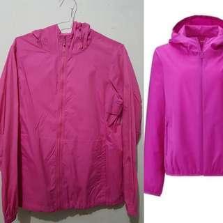 Uniqlo Jacket Jaket Running Woman Light Pocketable Parka pink Fanta Fuschia original