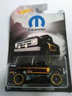 2018 Hot Wheels '70 Dodge Power Wagon (Black)
