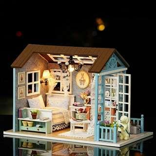 Mainan Rumah Boneka 3D