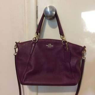 Nwt coach raspberry leather bag