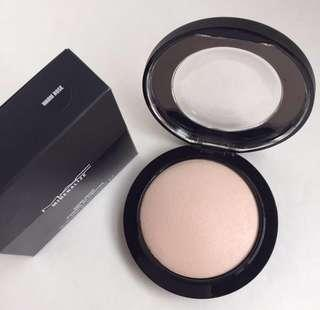 "BNIB MAC Mineralize Skinfinish ""Warm Rose"""