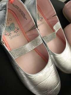H&M ballet flats (2 pairs)