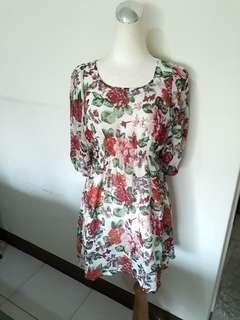 🚚 M號 夏日花朵氣質洋裝 雪紡長裙 甜美約會花花洋裝