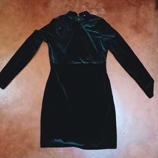 H&M Mock Lowback Glittered Dress 🖤