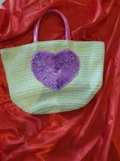 Heart shaped handbag (new) (free postage)