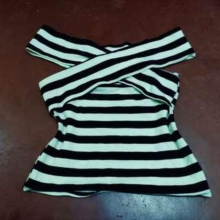 Striped Off-shoulders Top 💖