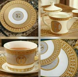 Royal Classic Bone China
