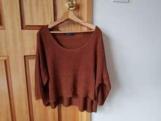 Light weight brown cropped knit