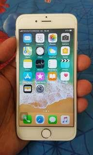 iPhone 6 Silver 64GB 4G LTE Mines Finger Off
