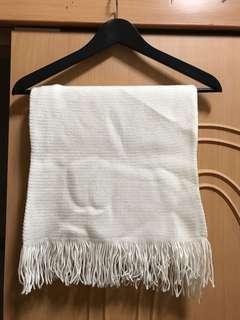 🚚 米白色圍巾 尺寸(平量公分)寬35 長150
