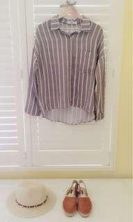 🚚 我的法式優雅 秋天🍁棉麻料 條紋長袖襯衫 淺摩卡色系  前短後長設計