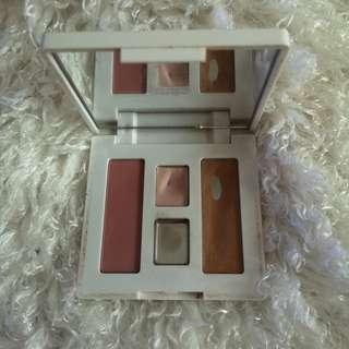 Clinique all-in-one makeup pallete