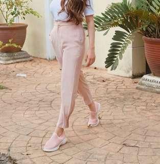 H&m sand colour pants