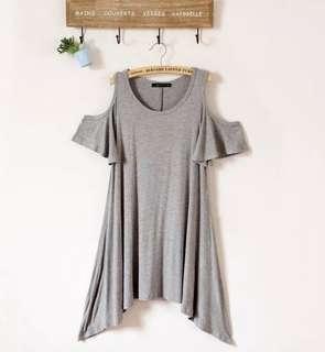 灰色連身裙