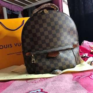 Sale! Brandnew Authentic Quality Louis Vuitton Backpack (Cavier)