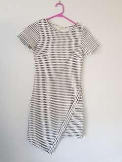 Patterned/textured shift dress
