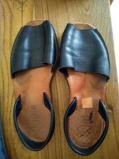 Menorca sandals size 40