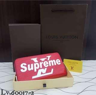LOUIS VUITTON X SUPREME WALLET