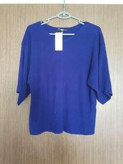 Uniqlo 3/4 sleeve top (with tag)