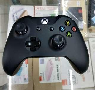 Xbox One Original Bluetooth Wireless Controller ( Latest Model )
