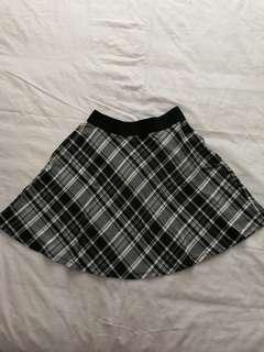Black & White Stradivarius Skirt