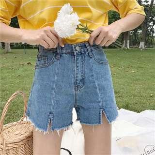 🚚 近新造型高腰牛仔短褲M號