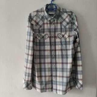 Levi's casual checkered shirt