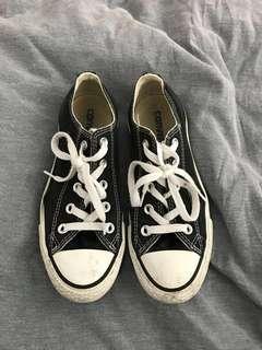 Size 6 Black Converse