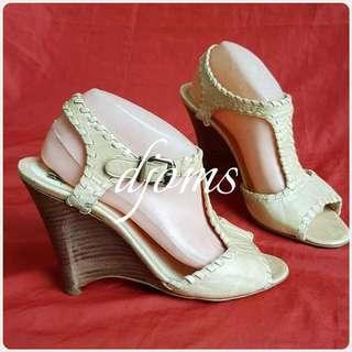✔Sz 40 9.5 Fendi vitello lux ankle strap wedges shoes sandals