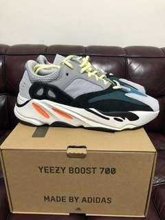 全新Adidas yeezy boost 700 Sz us 9 new (有單)