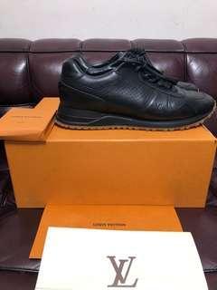 Louis Vuitton x supreme sneaker lv Sz 8 used 95%new(有單)